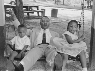 fathersday-gallery-002-martin-luther-kingjr-children11