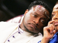 bishop-eddie-long-pictures0_270x203