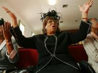 black-women-in-church-4x3