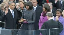 obama-hand-on-bible