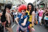 bordeaux-9-juin-2012-cours-aristide-briand-la-gay-pride-la_794479_460x306